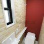 トイレ タンクレストイレはトイレの狭い空間をスタイリッシュにするだけでなく、掃除もしやすくなります。(当社の新築施工事例)