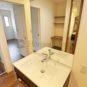 洗面 洗面室のみならず、奥様のお化粧スペースに洗面台を配置する事も可能です。(当社の新築施工事例)